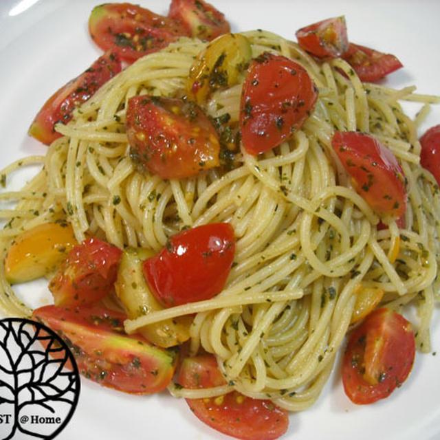 ミニトマトとバジルソースのパスタ