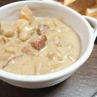 根菜たっぷりさつまいものミルクスープ #シャウエッセン #あらびきミートローフ