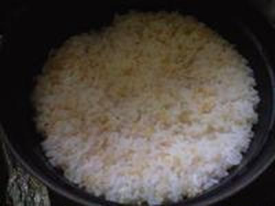 湯立てで白米(656)。。。特別栽培米広島世羅高原産コシヒカリ玄米(あいざわ米店)福井県産越前たけふ特別栽培米コシヒカリ白米(あいざわ米店)