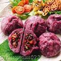 蒸し豚とキノコたっぷり☆紫芋の肉まん