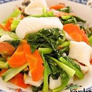 旨塩味がおいしい!イカと野菜のシンプル炒め