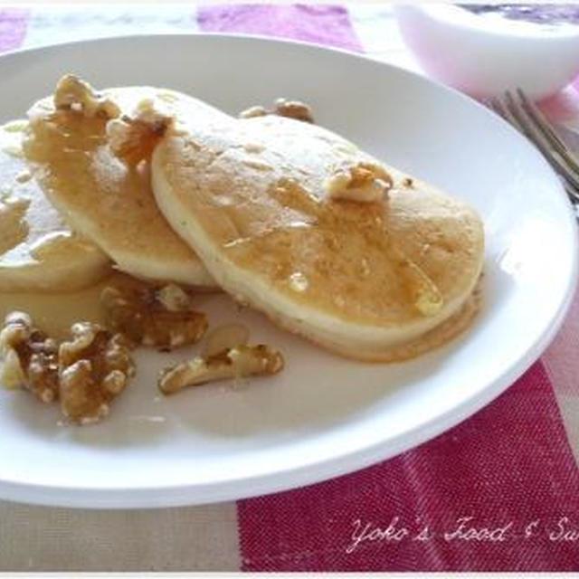 朝食に~もちもちヘルシー♪豆腐の米粉パンケーキ