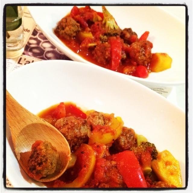 ミートボールと彩野菜のトマト煮