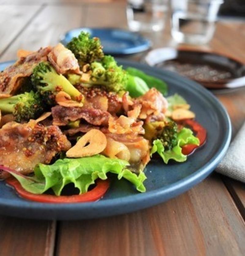 野菜がモリモリ食べられちゃう♪夕食のメインにもなる「豚バラサラダ」