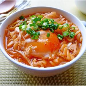 チゲ風豚キムチのトマトスープパスタ