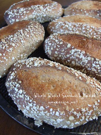 サンドイッチ用全粒粉パン / ちびのシャワー