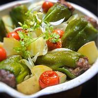 ラム肉のピーマン詰の野菜のグリル