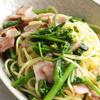 アスパラ菜とベーコンのパスタ