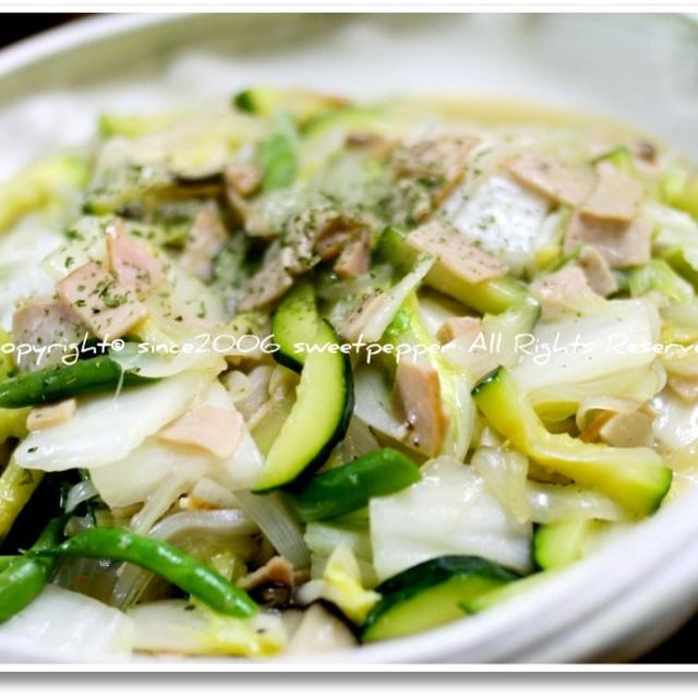 信州白菜のハーブブイヨン炒め。