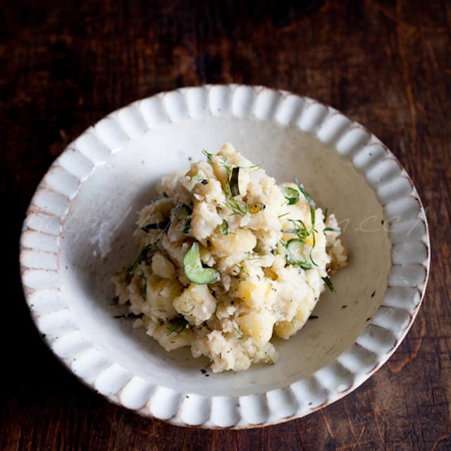 アンチョビとハーブのポテトサラダ