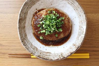 玉ねぎソースのハンバーグ