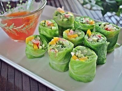 レタス巻きサラダ