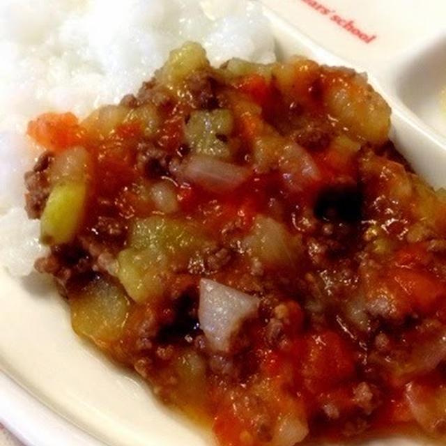 141日目-3 三倍粥+牛肉15g+トマト30g+なす10g+たまねぎ10g+じゃがいも10g+野菜スープ+りんご10g