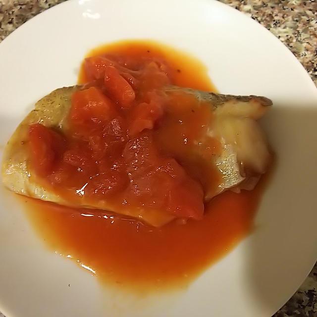 鱈の黒胡椒トマト煮