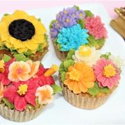 7月20日 常夏のフラワーカップケーキ