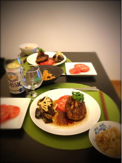 【真夜中の台所】ちょっとしたお祝い♡ハンバーグ。