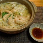 コスパ最高!野菜たっぷり餃子鍋♪☆♪☆♪