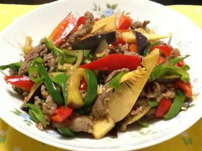 夏野菜と牛肉の中華風炒め