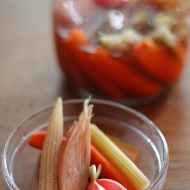 色々野菜の柿酢ピクルス