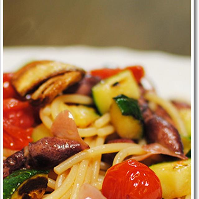 ホタルイカとズッキーニ、ミニトマトのスパゲッティ