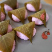 春の和菓子「桜餅」で、季節を感じました♪
