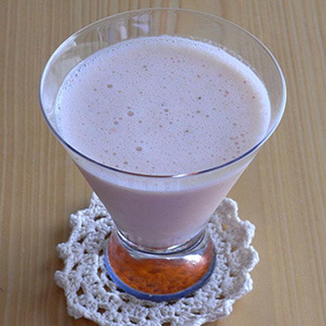 美生柑+いちご+ヨーグルトのフレッシュジュース