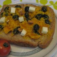蒸し黒豆&かぼちゃのチーズトースト