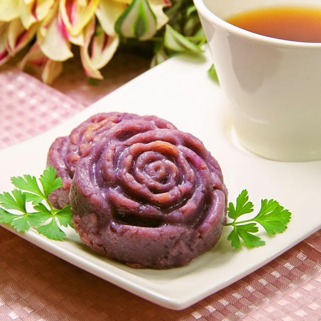 ノンエッグで美しい紫の簡単さつまいもお菓子♪豆腐と紫芋のヘルシースイートポテト