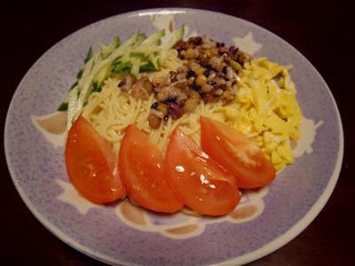 雑穀をのせた冷やし中華~Hiyashi chūka with beans and grains