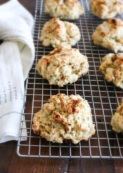 Yogurt Drop Biscuits with Dill and Sun-dried Tomato ドライトマト ...