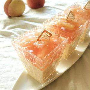 この時期のお楽しみ!旬の桃でつくる「ひんやりムース」レシピ