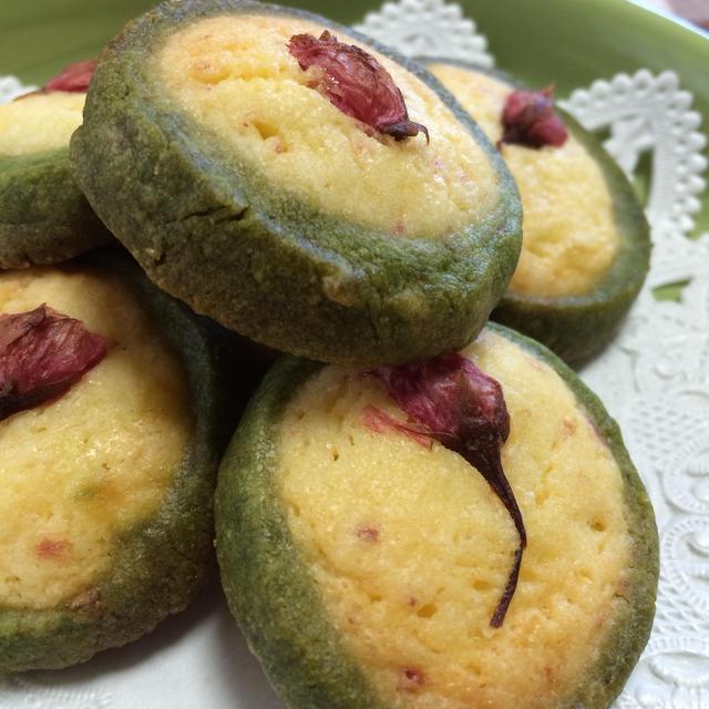 桜クッキー    約25枚作れます。我が家一押しレシピ!