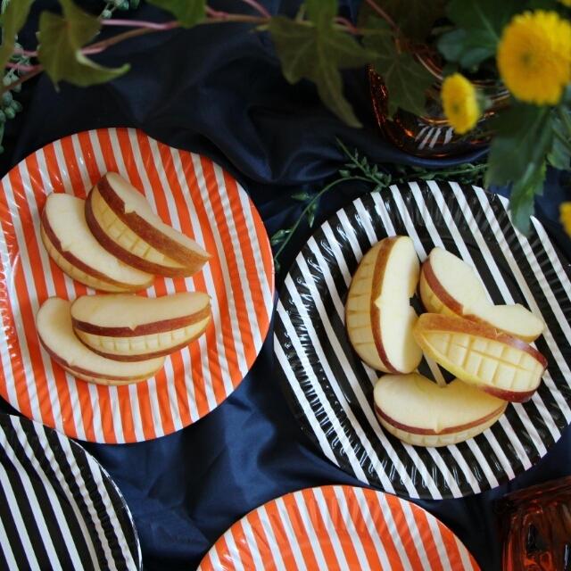 【簡単!!ハロウィンに!】お手軽♪ハロウィンデコ!口の形のリンゴ飾り切り