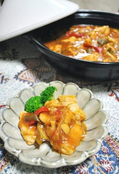 タジンで☆鶏胸肉の味噌トマト煮