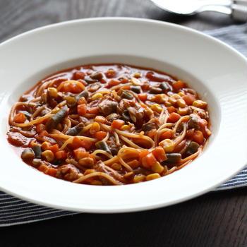 【連載:ナスラックキッチン】トマトとアサリのスープスパゲッティ