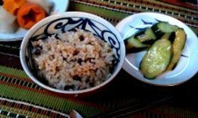 体が喜ぶマクロビの玄米あずきご飯