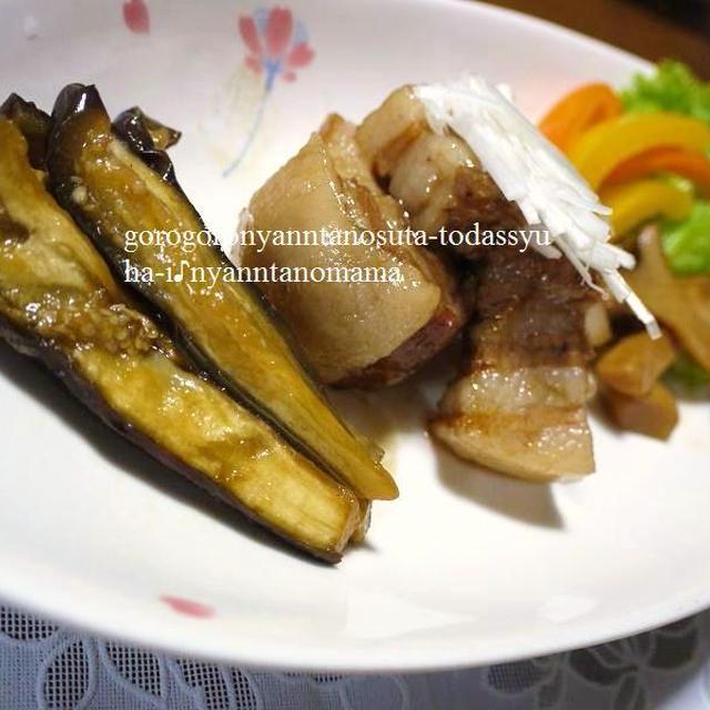 スターアニス(八角茴香)の香りが◎葱と葱で煮込んだトロトロ豚の角煮♪