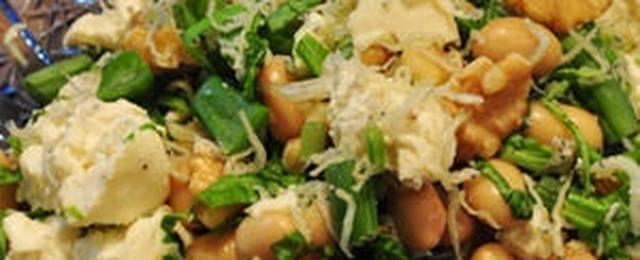ちょい足しするだけで食べごたえアップ!「蒸し大豆」をサラダに活用しよう