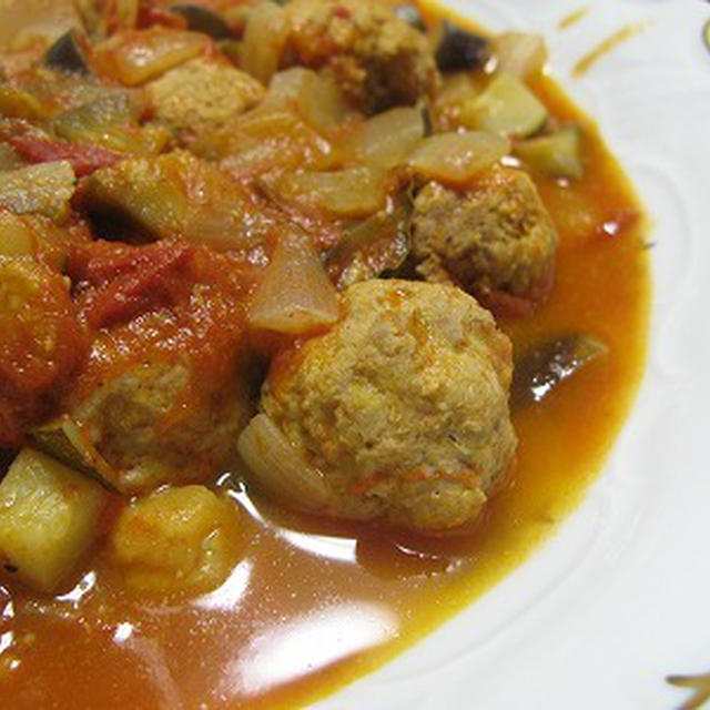 野菜とミートボールのトマト煮(レシピ)