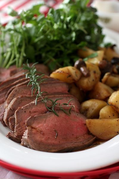 ローストビーフを色々な調理器具で作るレシピ!味のバリエも楽しもう☆