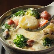 和洋コラボがたまらない!「味噌チーズ鍋」のレシピバリエ