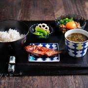 「のどくろ納豆定食」
