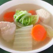 風邪予防に鶏肉と白菜のしょうがスープ