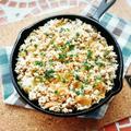スキレットで🎵挽肉とザーサイの炊き込みご飯😄
