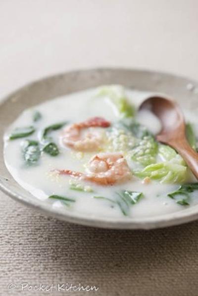 青梗菜と海老のクリーム煮