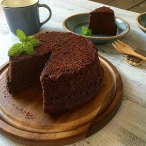 オーブン不要ですぐできる!お手軽チョコレートケーキ