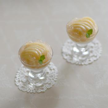 レアチーズ 桃ジュレ