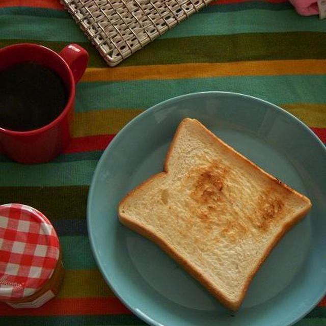食パンを丁寧に焼いてみる・・・