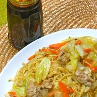 イカリとんかつソース500で野菜が美味しい〜簡単ボリューミィ!キャベツ焼きそば。