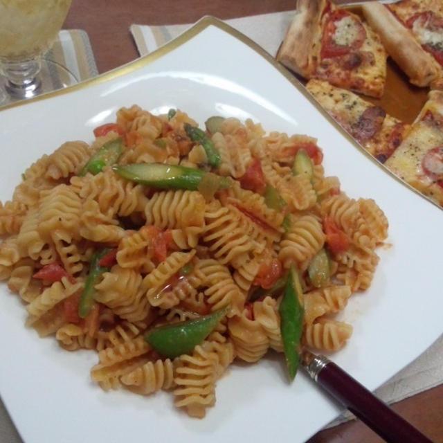 アスパラガスとトマトのアンチョビパスタ & リメイクパスタサラダ